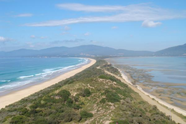 Richard White, Bruny Island, Neck - Inala Nature Tours